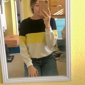 Pacsun Black Yellow and White Sweater